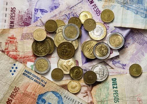 ¿Cuál es la moneda de Argentina?